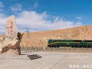 外国人到中国旅游晚上从不出门,后来才知道原来中国生
